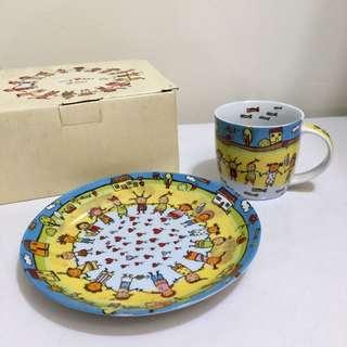 全新 小朋友 可愛 童趣圖騰 杯盤禮盒組