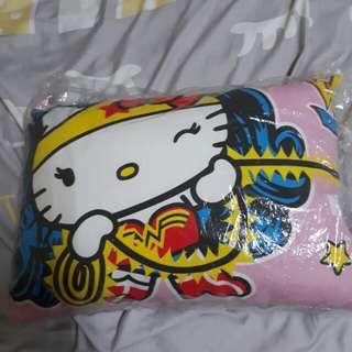 kitty枕頭