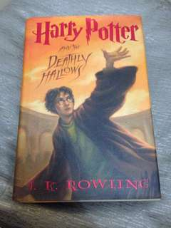 Harry Potter and the Deathly Hallows by JK Rowling(Hard Bound book)