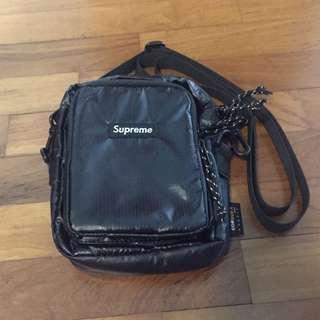 Supreme FW17 Shoulder Bag