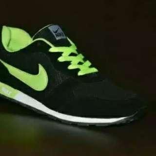 MD Runner Nike