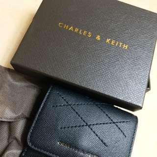 Charles &Keith