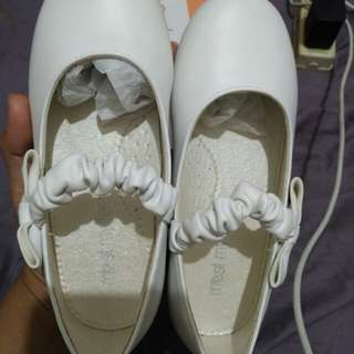 MEET MY FEET WHITE SHOES Size 29