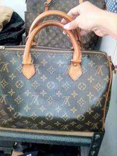 PreOwned ORIGINAL Speedy 30 LOUIS VUITTON