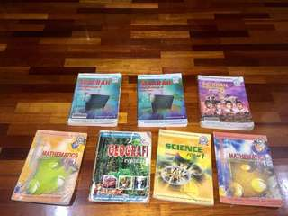 [GIVE AWAY!!] secondary school textbooks