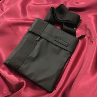 Calvin klein sling