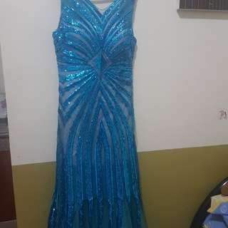 Blue Gown negotiable