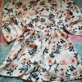 FLOWER DRESS PULL AND BEAR