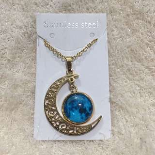Glow in the Dark Moon Necklace Blue