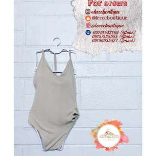 One-piece swimsuit (padded)