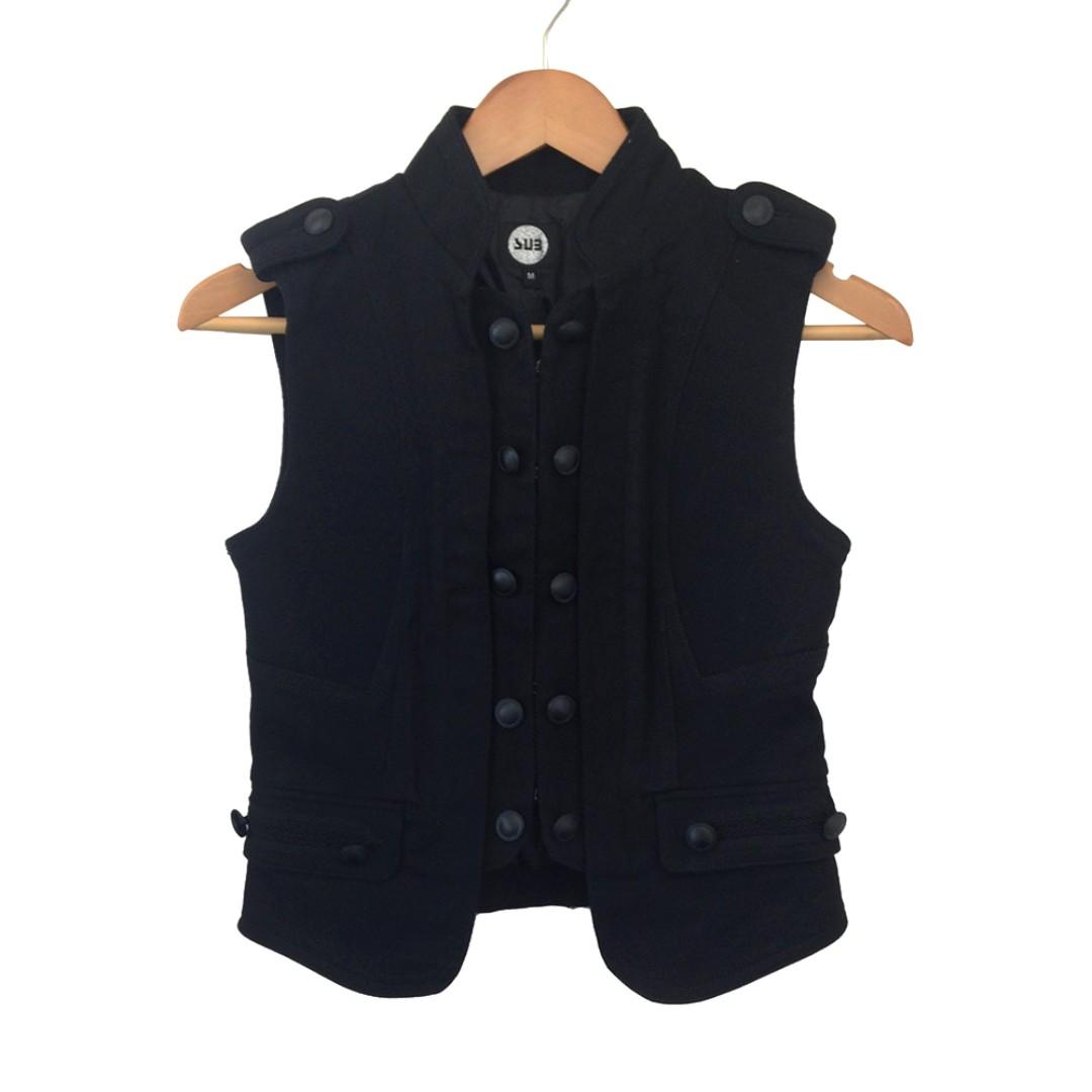 🆕 Black Club Vest