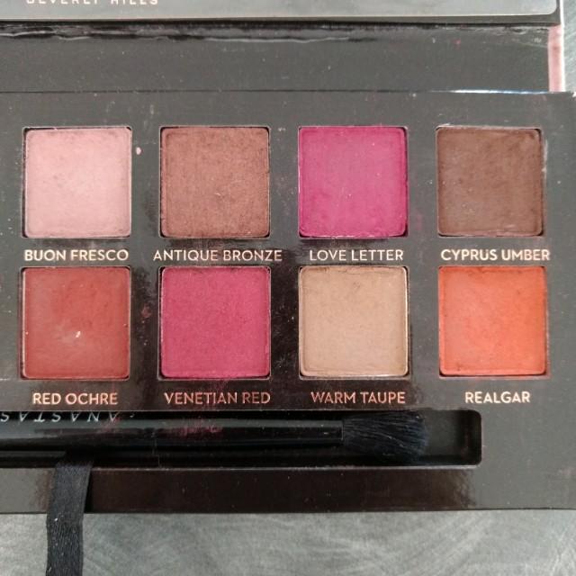 ABH Modern Renaissance eyeshadow palette