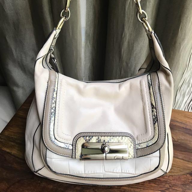 Coach Hobo Bag - White Leather e5f8be624e1c8