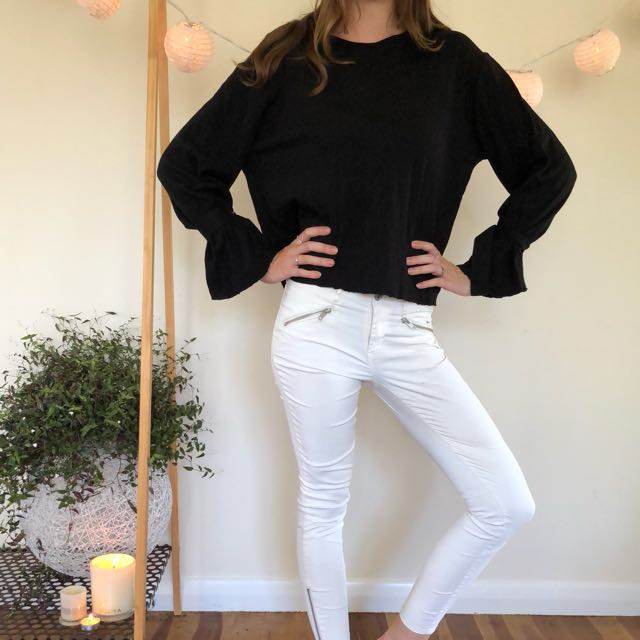 Glassons flared sleeve top