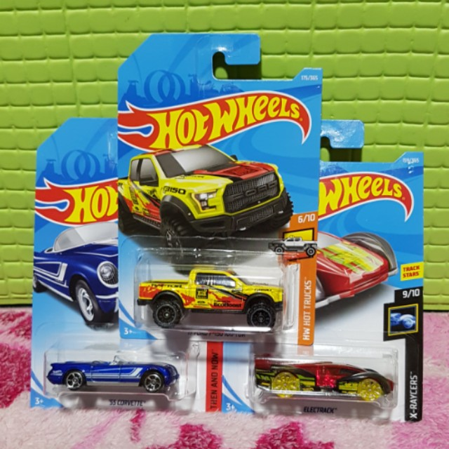 Hot Wheels 2018 Set of 3