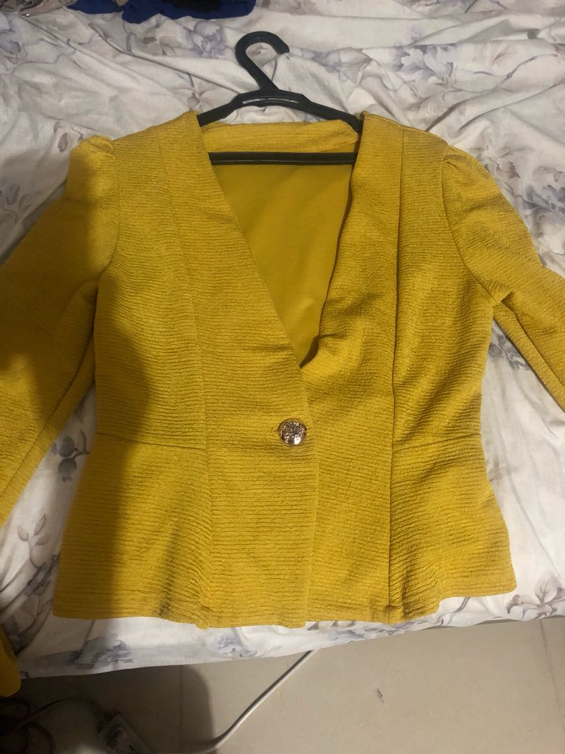 Preloved mustard blazer