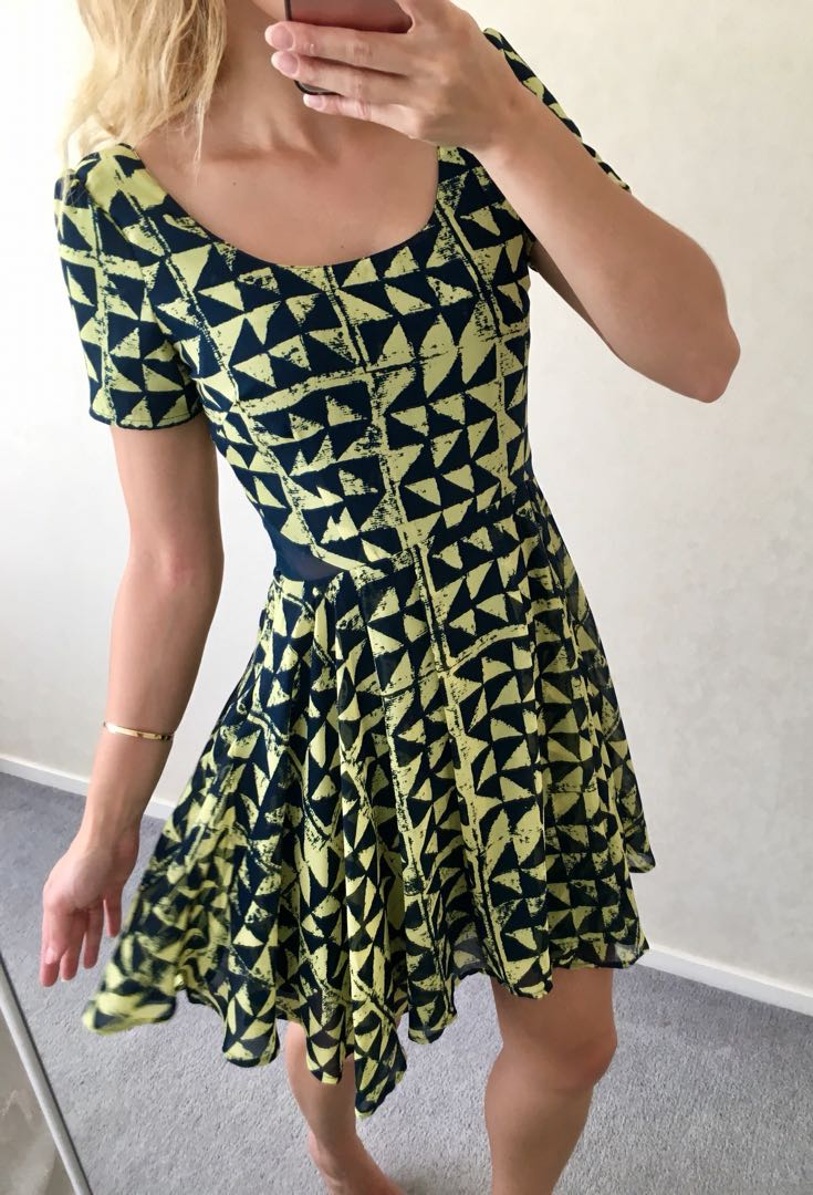 SKATER DRESS EXC CON SIZE 6