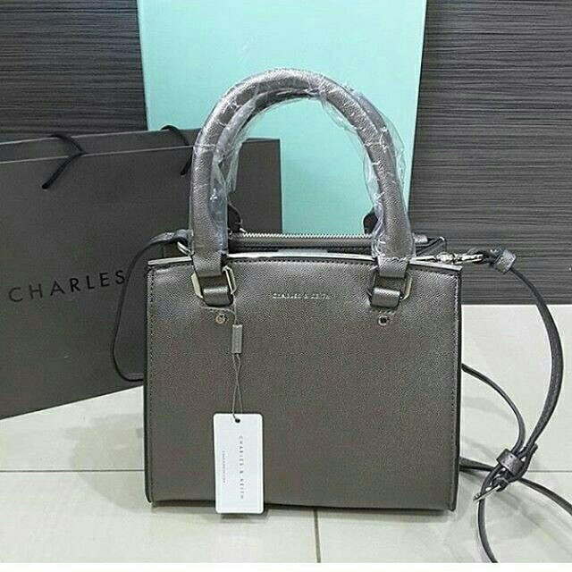 Tas charles and keith ori (NEW), Women's Fashion, Women's Bags & Wallets on Carousell