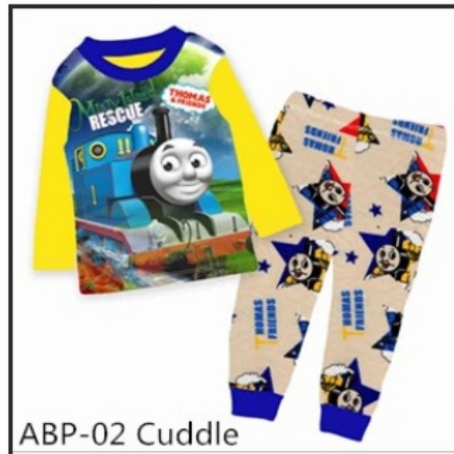 fe2b21e80 Thomas the train pyjamas set