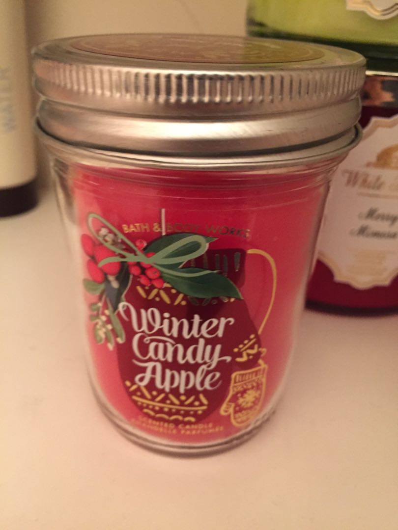 Winter candy apple candle