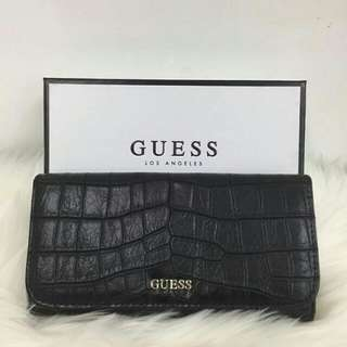 GUESS CROCO EMBOSSED PATERN