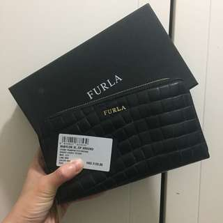 🈹3折7%off Furla leather wallet