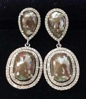Dangling Earrings - Natural Diamonds