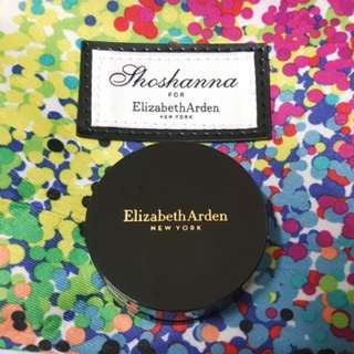 Elizabeth Arden - Flawless Finish Everyday Perfection Bouncy Makeup
