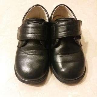 Frog牌學生黑鞋