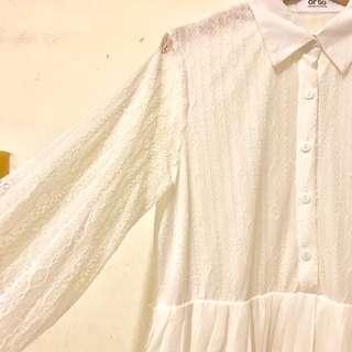 蕾絲白色秀氣百褶洋裝