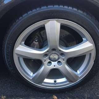 "Mercedes 18"" inch rims with Michellin PS3 PilotSport - great for dekit"
