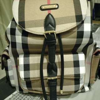 Brandnew Burberry Bag(class A)