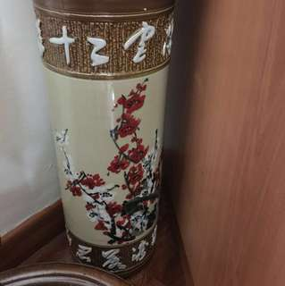 Chinese Porcelain Vase umbrella stand 中国古典陶瓷花瓶 height 45cm