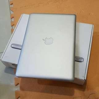 2011 13吋 Macbook Pro 8G/256G 有升級美光256G SSD 操作正常順暢 有盒子