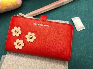 MICHAEL KORS Adele Floral Appliqué Leather Smartphone Wristlet   Style# 32S8GFDW9U