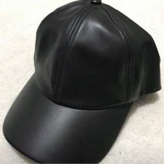 ARITZIA faux leather hat