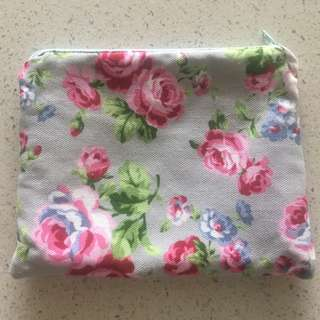 Multi purpose lined zipper pouch (stationary for displaying purposes only) Made to order