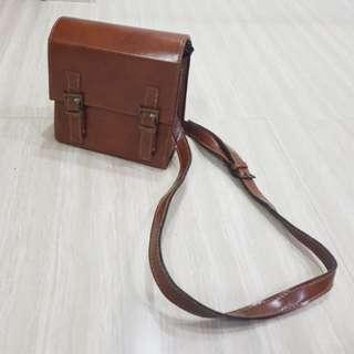 Brown square bag