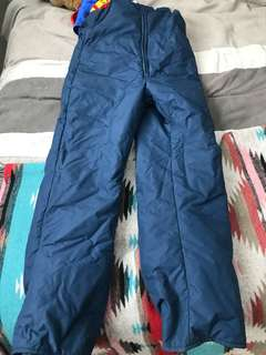 Snow pants - size small
