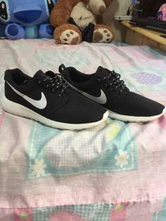 Nike Shoes (NOT ORIGINAL)