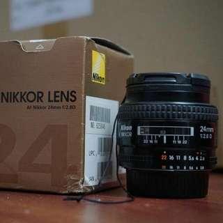 Nikkor Nikon 24mm 2.8D lense