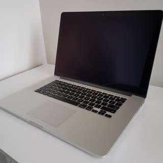 Macbook Pro (Retina, 15-inch, Mid 2015) i7 16GB 2.2GHz
