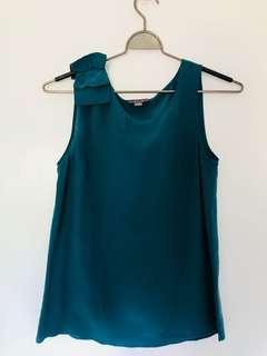 Silk top size 6