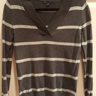***MOVING SALE*** GAP Top