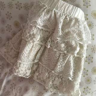 Girl's lace skirt