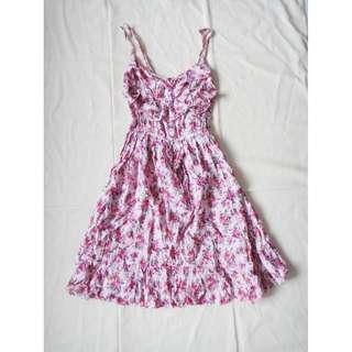 夏日清新粉紅色碎花印花荷葉邊領子縮腰細肩帶洋裝吊帶連身裙