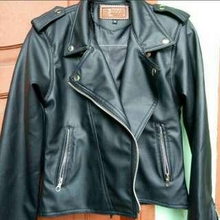 Premium crop leather jacket