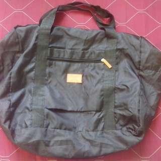 TrAveLeR Bag