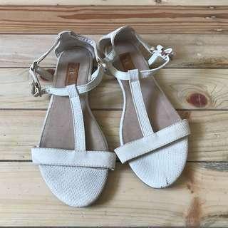 Preloved Bershka sandals