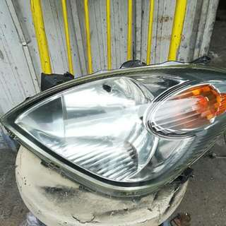 Toyota advaza headlamp